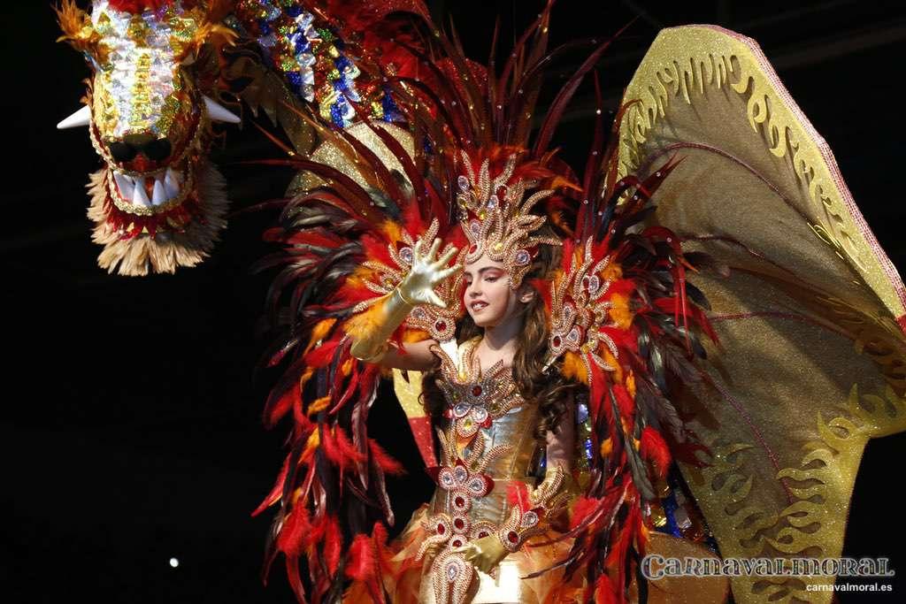 Nueve aspirantes a reinar el Carnavalmoral.