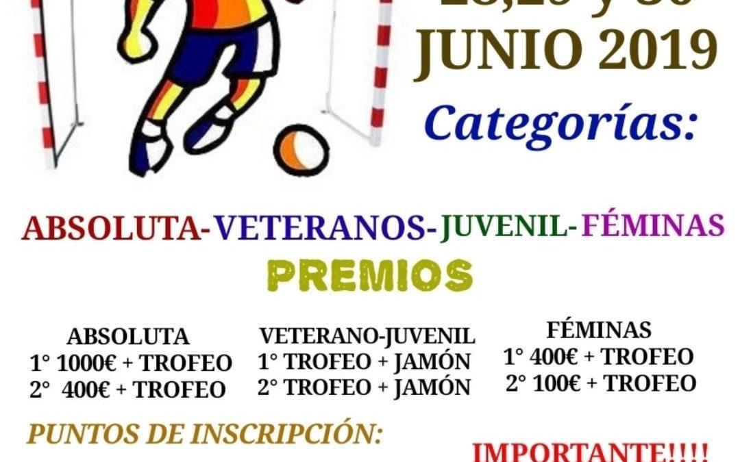 24 Horas de fútbol sala en categorías juvenil, veteranos, féminas y absoluta.