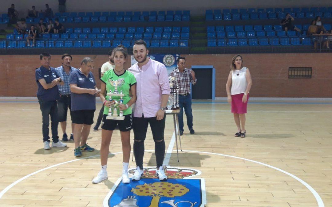 Airea2, Orenes, Aston Birra y Bar Capri, compeones y campeonas de las 24 de fútbol sala de Navalmoral