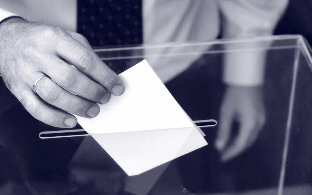 Cruz Roja pone un dispositivo especial para que personas con discapacidad, personas dependientes y personas mayores puedan ejercer adecuadamente su derecho a voto.