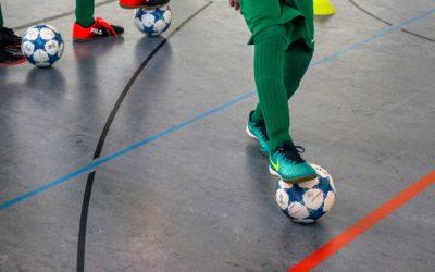 Las fases finales de fútbol sala se juegan en Navalmoral.